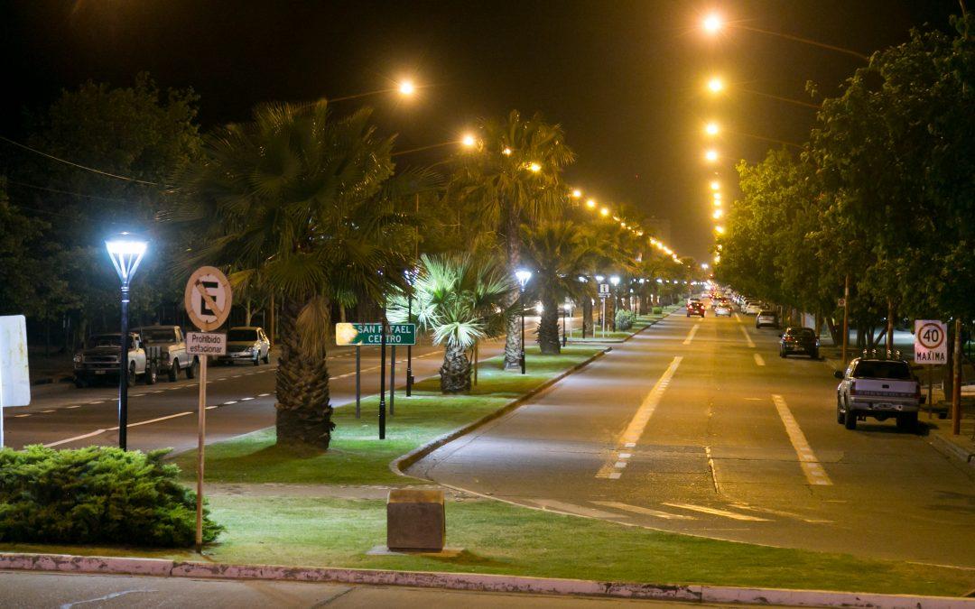 SAN RAFAEL: EL MUNICIPIO COLOCARÁ MÁS DE 4.500 LUCES LED EN LAS AVENIDAS