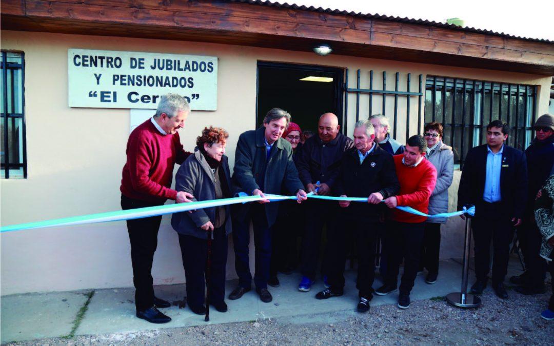 EMIR FÉLIX CORTÓ LAS CINTAS DEL NUEVO CENTRO DE JUBILADOS DE EL CERRITO